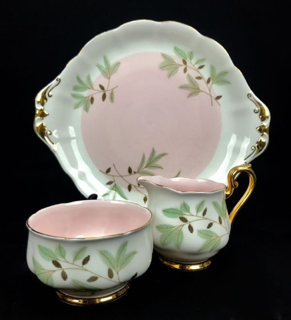 Vintage Royal Albert Braemar Tea Set For 4 People / Pink And Gold / Trio